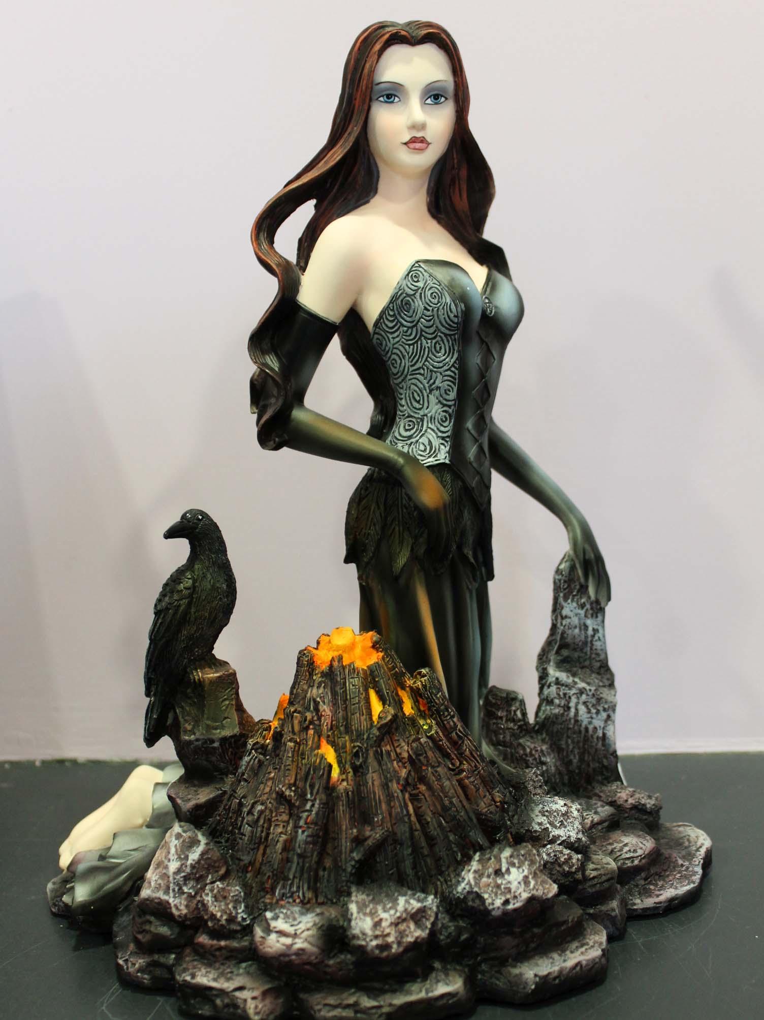 fée corbeau Morgane
